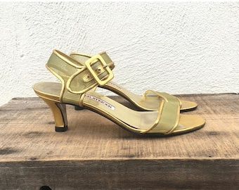 15% Off Out of Town Sale 80 90s Walter Steiger Gold Mesh Kitten Heel Modern Minimal Leather Buckled Sandals Ladies 7