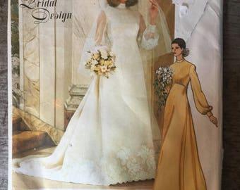 Vintage Vogue Sewing Pattern 1488 Size 8 Bridal Design Wedding Dress Slip Veil
