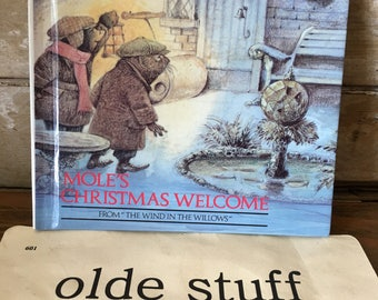Vintage Book Moles Christmas Welcome 1989