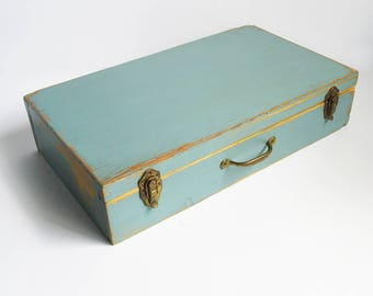 Vintage Home-made Portable Wood Artists Box - Painters Box - Craft Box