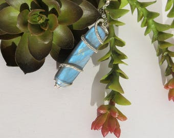 Labradorite Pendant Necklace - Labradorite Necklace - Labradorite Jewelry - Unisex Necklace - Blue Stone Necklace