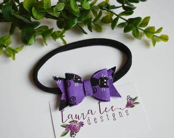 READY TO SHIP, Black Cats on Purple Fabric Felt Bow Nylon Headband or Alligator Clip, Limited Edition Bow, Toddler, Birthday, Smash Cake Bow