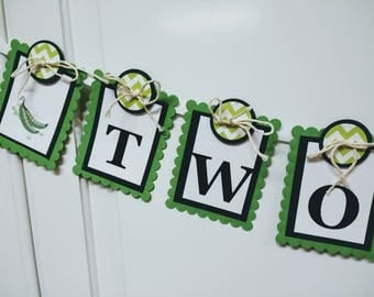 TWO PEAS in a Pod Banner - TWINS Shower / Nursery - Fresh Greens Color Scheme - Made to order
