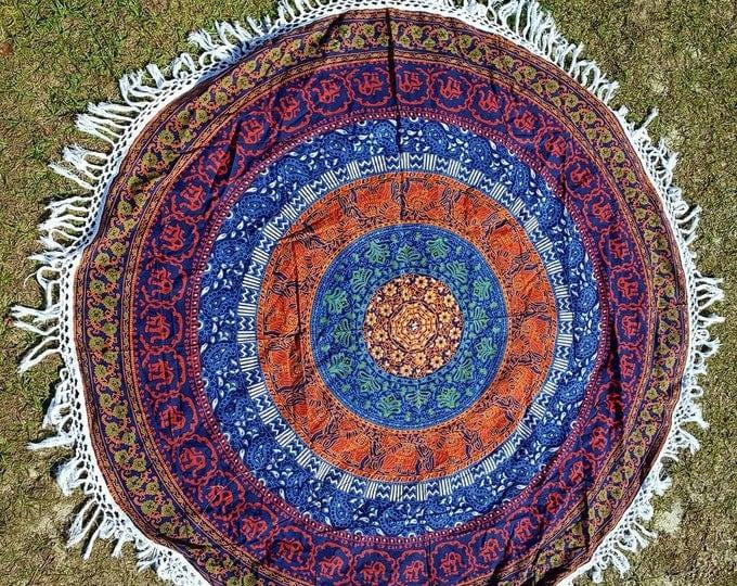 Traditional Mandala Roundie with White Fringe Mandala Tapestry Beach Blanket Yoga Mat Meditation Mat Dorm Decor Hippie Tapestry