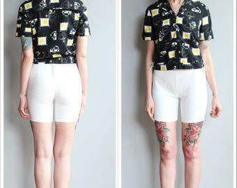 1960s Shorts // White Cotton Shorts // vintage 60s shorts