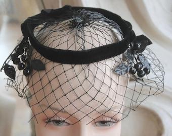 Vintage 1960s Black Velvet Fruit & Netting Fascinator Hat