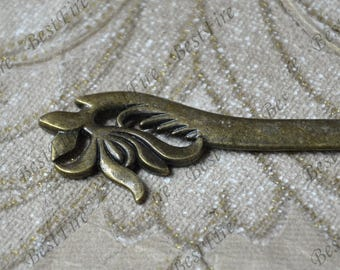 2 pcs of  Antique bronze tone flower metal Bookmark , Antique silver Tone flower metal Bookmark