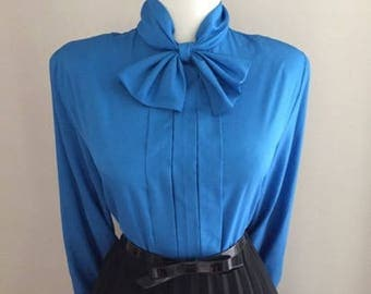 Vintage 1960s Blouse With Bow / Blue Button Down shirt / Long Sleeve blouse Top / Pussy Bow Ruffle Blouse / Mad Men Secretary Shirt