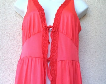 """1970s Long NIGHTGOWN. Open Front Nightgown. Red Nightgown. Sexy Nightgown. Plunging Neckline. Lace Trim. Honeymoon Lingerie. M. 36"""" Bust"""