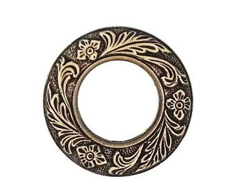 SALE 30% OFF Ox Antiqued Brass Stamping Etched Floral Leaf Porthole Circle Frame Setting Qty 1 Heirloom Quality for Jewelry Making Made in t