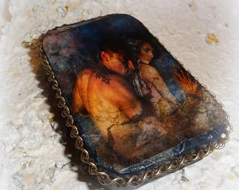 Romantic, Sexy, Altered Tin, Original Digital Collage, Altered Tin Box, Keepsake box, Stash Box, Credit Card Case, Bus Card Case
