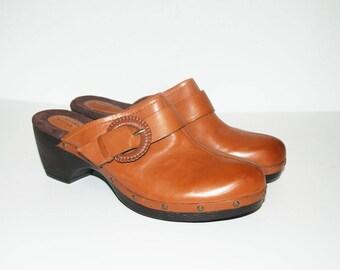 Size US 8 / Clarks Vintage Mules, Leather, Clogs, Memory Foam Insoles