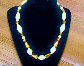Necklace Napier Vintage Cream Ivory Marbled Bead Gold Tone Bridal Wedding Jewelry Jewellery Gift Guide Women Art Deco