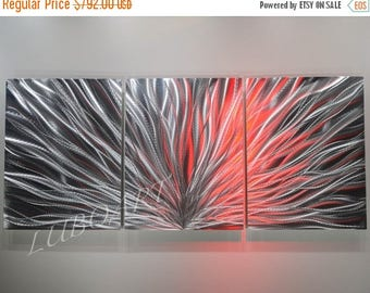 SALE 70% OFF Modern Abstract Metal art Wall sculpture home office Decor 3D Video effect Led Halogen colour light reflect no painting unique