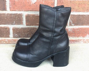 vintage 90s black LEATHER club kid PLATFORM BOOTS grunge 8 raver shoes ankle heel chunky goth