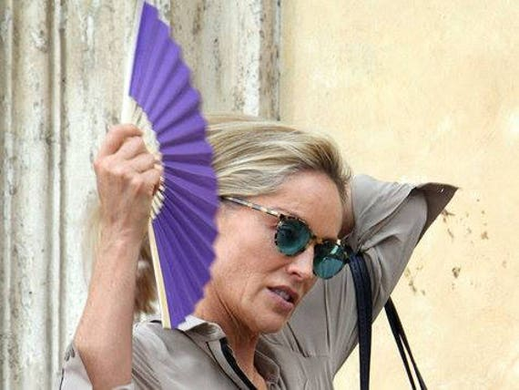 Sharon Stone Purple Lightweight Bamboo Hand Fan Budget Price Folding Fan from Spain