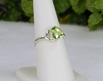 Peridot Ring, Size 7.5, Clear Apple Green, Checkerboard Cut, Sterling Silver, August Birthstone, Peridot Solitaire, Green Peridot Ring