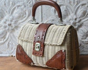 Vintage 1960's White Wicker Basket Purse With Faux Leather Detailing