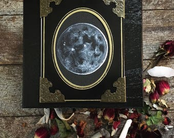 New Moon Intentions Box ~ Hand Painted Case with Cabinet Card Moon Painting ~ Crystals, Altar Items, Jewlery, or Runes ~ Occult Witch