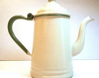 Teapot Enamel Ivory Cream Green Vintage Coffee Kettle 1 Qt Enamelware Graniteware