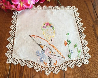 Southern Belle Doily Linen With Hand Embroidery and Tatting Vintage Table Linens