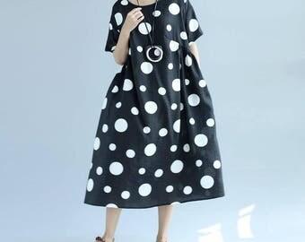 black/ white/ round collar long Loose fitting dress
