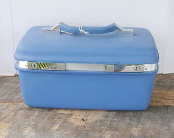 Vintage Samsonite MontBello II Train Make Up Case