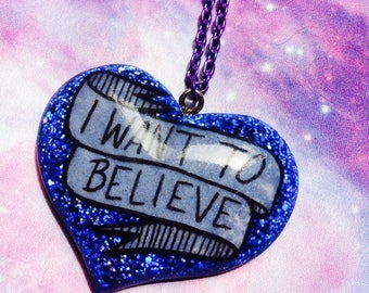 I Want To Believe resin necklace, X-Files, Aliens, 90s