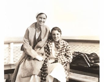 "Vintage Snapshot ""Girlfriends"" Attractive Women Stylish Coats Shoes Found Vernacular Photo"