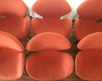 Matching Set 6 Swan Chairs, Mid-Century Vintage Orange 60s Eames Danish Design Very nice ! Rare