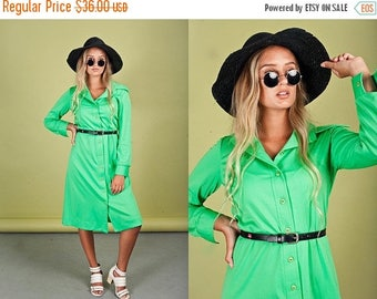 FLASH SALE 70s Apple Green Long Sleeve Dress Vintage Button Down Collar Dress