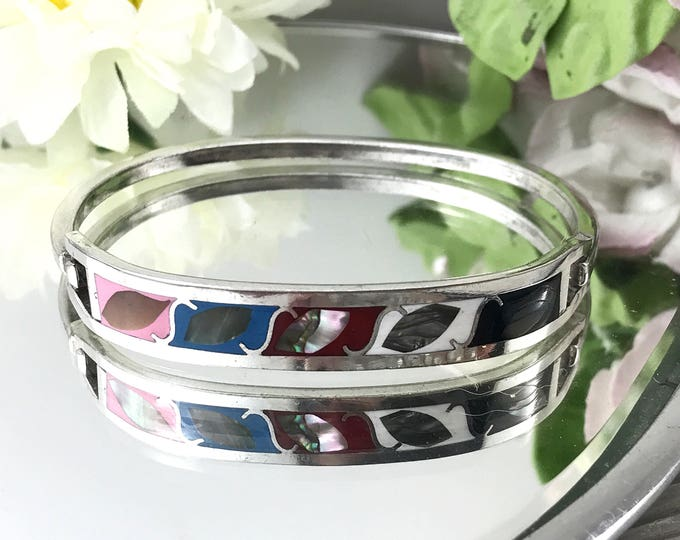 Vintage Colorful Mexican Sterling Cuff, Bangle Cuff with Inlay and seashell. Signed Hecho Mexico. Vintage 925 Sterling Cuff Bracelet.