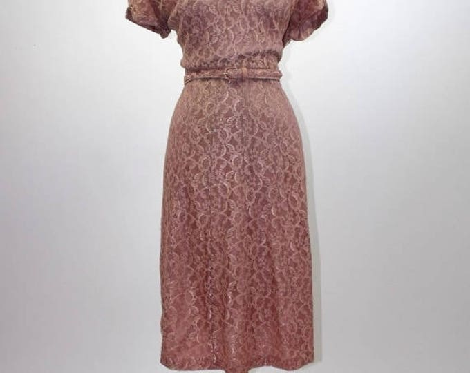 SUMMER SALE 1950's Chantilly Lace Wiggle Dress // Dusty Rose Lace Cocktail Dress // Pin-Up Wiggle Dress // Size 3XL // Plus Size 24