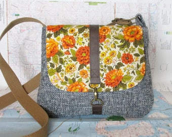 Iowa- Crossbody messenger bag - Crossover - Vintage floral print - Adjustable strap - Vegan purse - Travel bag - Blue- Orange- Ready to ship