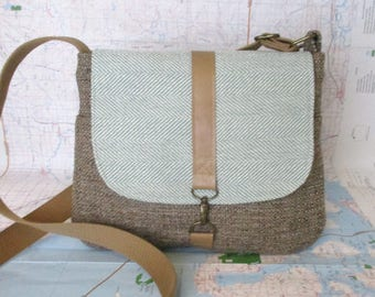 Utah -- Crossbody messenger bag - Crossover purse - Travel purse - Summer purse - Vegan- Medium- Tan tweed -Mint herringbone - Ready to ship