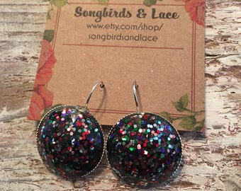 Red, white and blue glitter drop down earring- 25mm