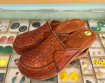 Vintage 60s / 70s Wooden Leather Clogs by Quality Craft  US Size 8 (Fits more like 7 1/2)  Made in Brazil