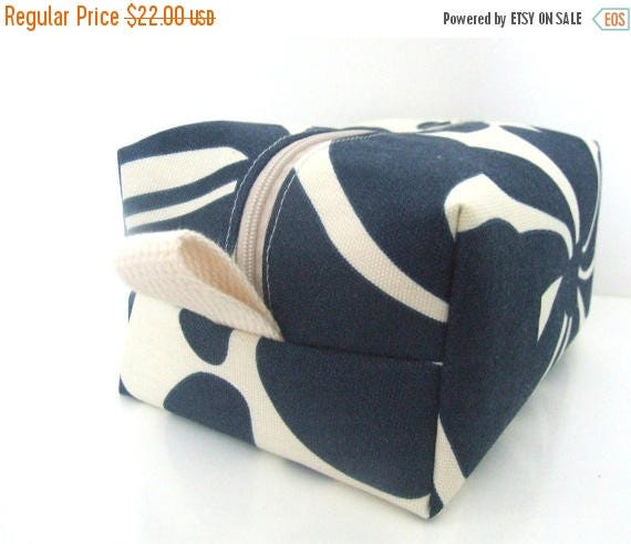 MEMORIAL DAY SALE Make up Bag  - Cosmetic Pouch -  Lunch Bag - Wet Bag -Waterproof Bag