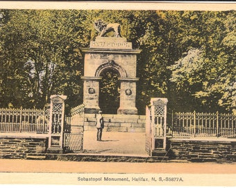 Vintage Postcard...Canada, Halifax, Nova Scotia, Sebastopol Monument...Unused..no. CAN0028