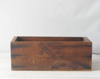 Antique Wood Box Crate J B Lynas & Son Logansport IN Medicine Extracts Circa 1800's