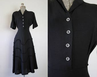 1940's New Look Black Crepe Rayon Swing Dress / Size Medium Large