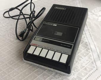 Vintage Cassette Tape Recorder / Panasonic RQ 409S with Box Works