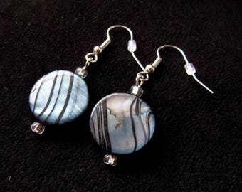 Circle Patterned Glass Bead Earrings