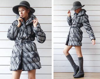 MARIMEKKO Vintage black grey graphic print warm winter padded puffer oversized collar belted jacket coat S M