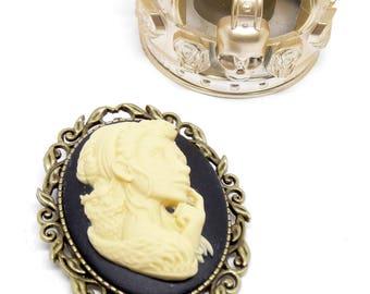 """Bronze cameo women brooch Mexican Sugar Skulls calavera Bohemian gypsy """"Dia de los Muertos"""""""