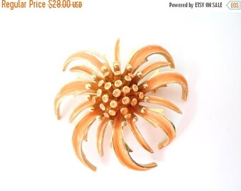"""ON SALE Vintage """"ART"""" Peach Enamel And Gold Flower Brooch Three Dimensional, Bridal Brooch Bouquet Collectible Jewelry"""