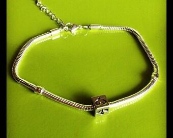 Cube poker and snake chain bracelet