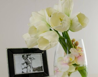 Unique Design Large Real Touch White Tulips and Orchids Artificial Flowers Arrangement in Oval Glass Vase for Artificial Faux Home Decor