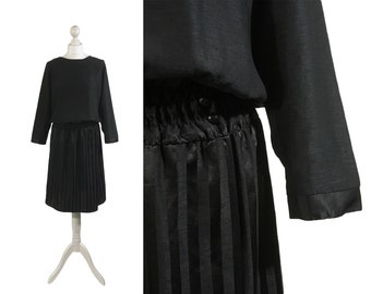 Black Vintage Dress | 1980s 90s | Boat Neck | Batwing Sleeves | Medium UK 14 16