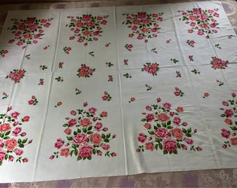 Vintage Tablecloth Pink Roses
